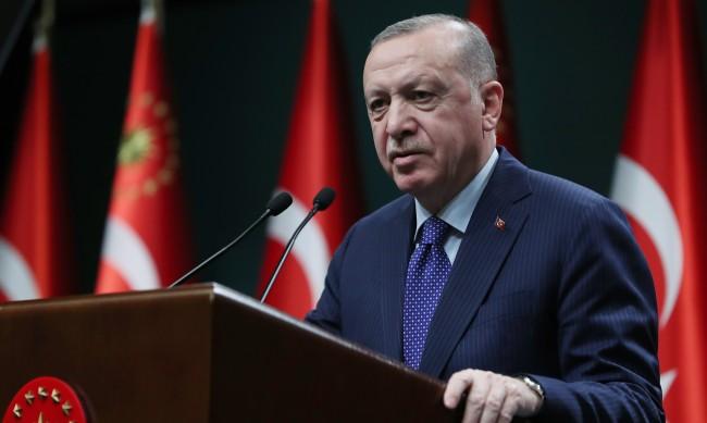 Защо Реджеп Ердоган забрани числото 128?