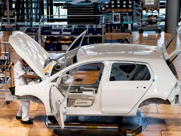Недостигът на полупроводникови чипове продължава да оказва влияние върху автомобилната