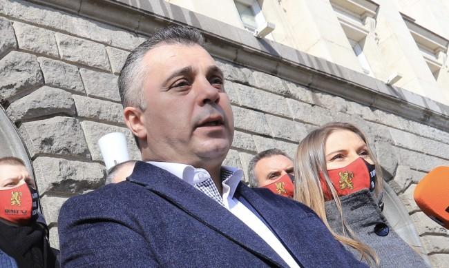 ВМРО скочи на промените в Изборния кодекс, протестират пред НС