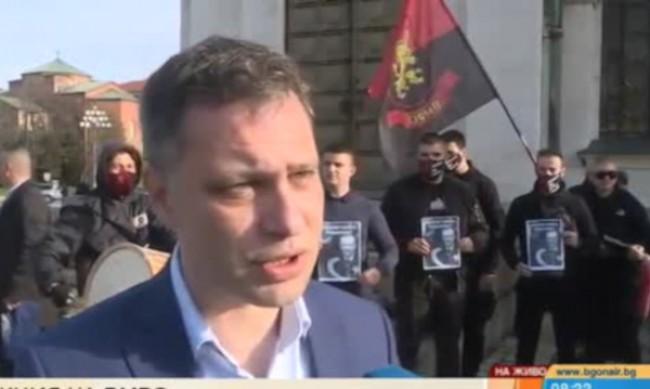 ВМРО пробва да сложи фес на Тошко Йорданов