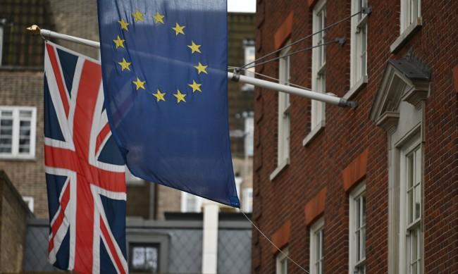 ЕП одобри търговското споразумение на ЕС и Обединеното кралство