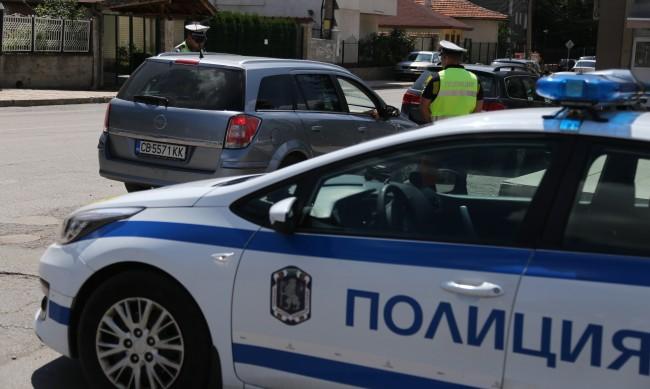 Полицията засилва контрола по пътищата по празниците