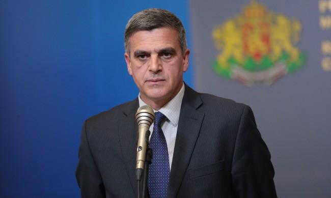 Дали Стефан Янев ще е следващият служебен премиер? - Последни Новини от  DNES.BG