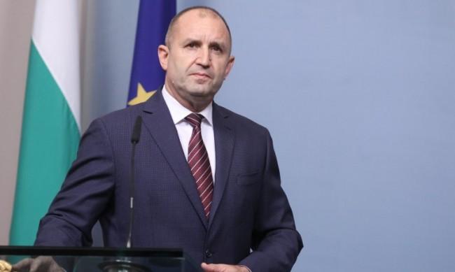 Радев издаде указ за обнародване на промените в Изборния кодекс