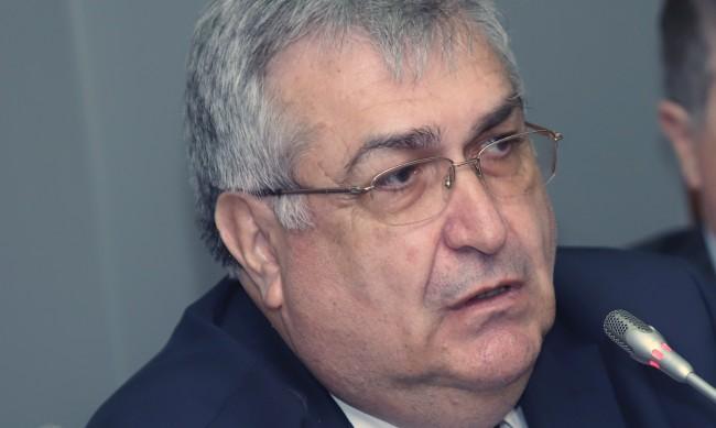 Проф. Близнашки: Заявката на парламента бе да възкреси парламентаризма