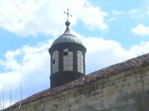 Жителите на великотърновското село Палици събират пари, за да спасят