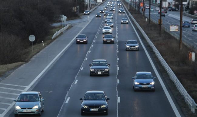 АПИ съветва да се използва Подбалканският път на връщане към София