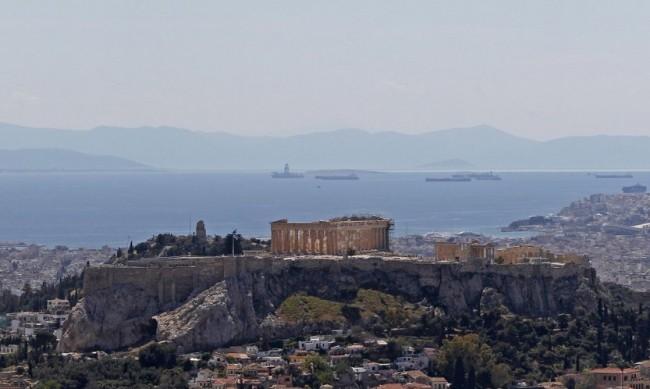 Гърция празнува 1 май днес, има транспортна стачка