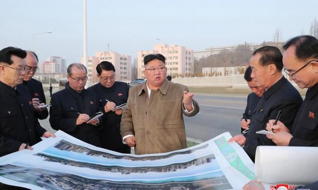 Глад, липса на лекарства и пари - Северна Корея е в сериозна криза