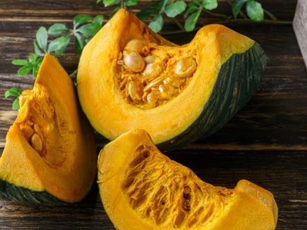 Витамин Е е мастноразтворим витамин, който е мощен антиоксидант и