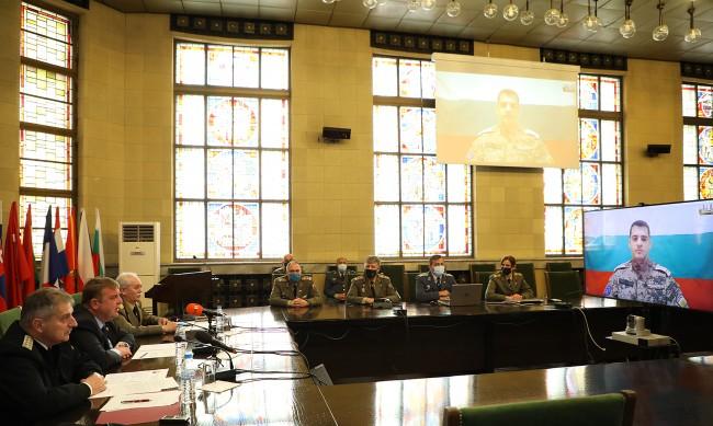 Каракачанов: Изтеглянето на контингента ни от Афганистан е правилно