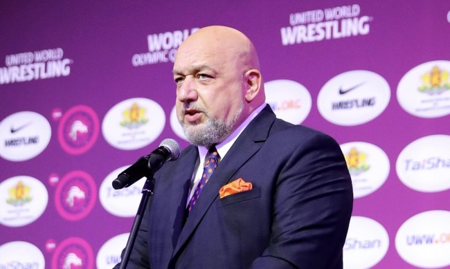 Кралев откри олимпийската квалификация по борба