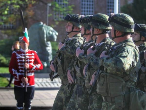 България днес отбеляза Деня на храбростта и празника на Българската