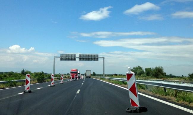 """Нов пътен възел на АМ """"Тракия"""" ще е готов до края на лятото"""
