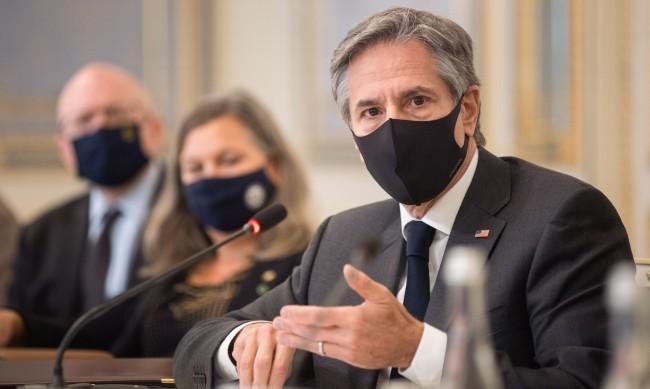 Държавният секретар на САЩ към Русия: Спрете с агресивните действия към Украйна