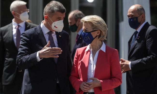 Чехия призова страните от ЕС да изгонят поне по един руски дипломат