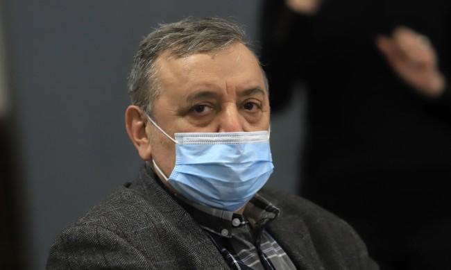 """Проф. Кантарджиев: Връщащите се от Гърция да имат """"едно наум"""""""