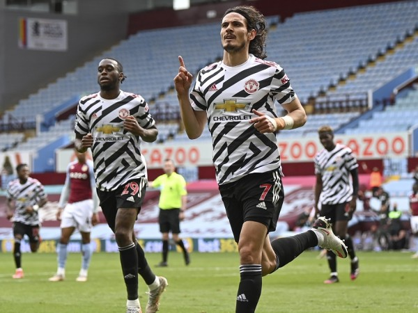 Манчестър Юнайтед победи Астън Вила с 3:1 като гост в