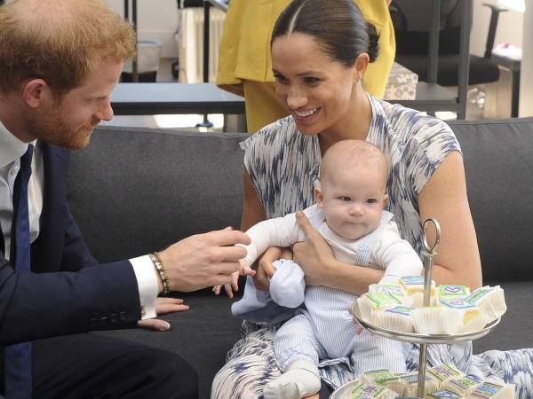 На 6-и май кралският наследник Арчи стана на 2 годинки.Родителите