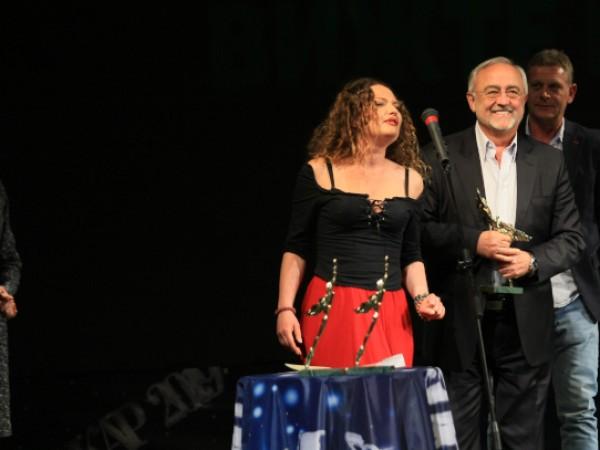 Съюзът на артистите в България тази вечер ще раздаде своите