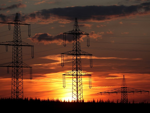 Разширяването на европейския пазар на ток към България започва днес