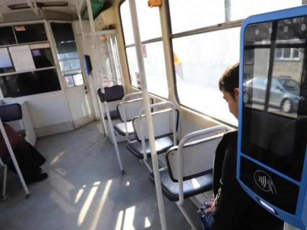 В градския транспорт на София от днес трябва да действа