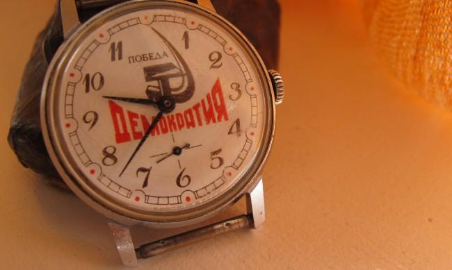Светът на съветските часовници: Защо някои хора ги колекционират?