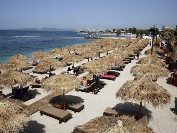 Гръцкият премиер Кириакос Мицотакис е свикал заседание с широко участие,
