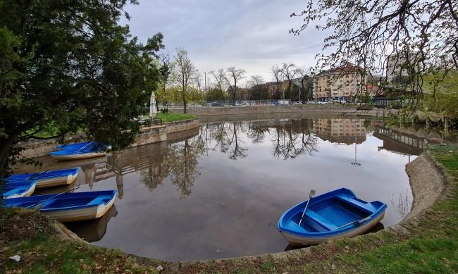 Идват пролетни дъждове, валежи и гръмотевици в Западна България