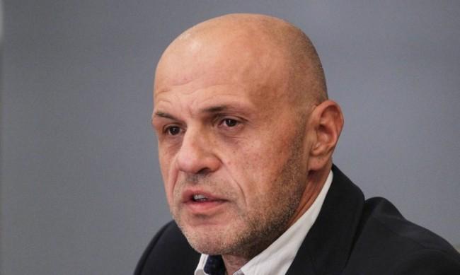 """Дончев за комисията """"Ревизия"""": Предизборно мероприятие"""