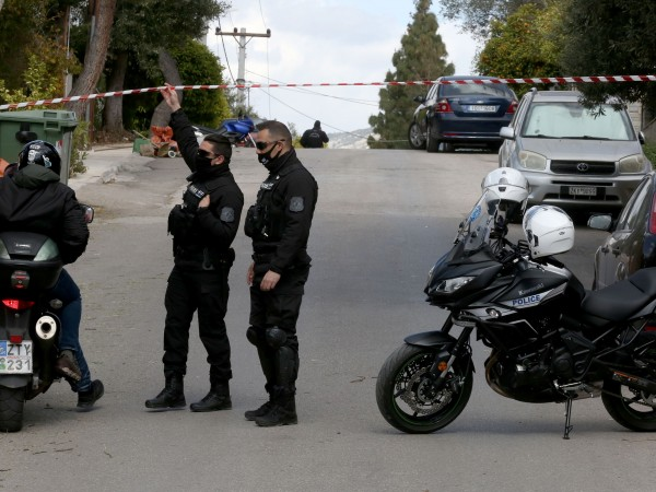 Парична награда от 300 000 евро обявиха гръцките власти за