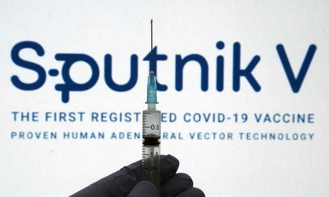 """62% от руснаците не искат да се ваксинират със """"Спутник V"""""""