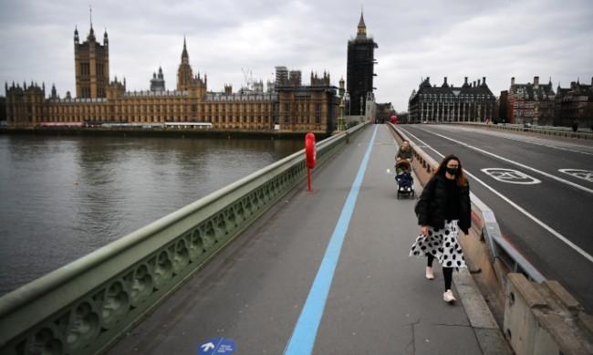 Чужденците във Великобритания притеснени за правата си