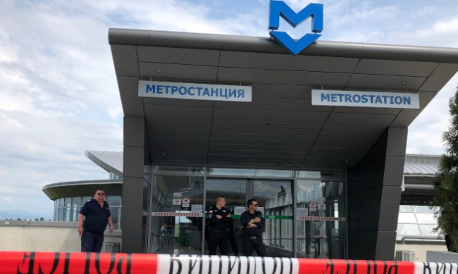 Психолог за стрелбата в метрото: Често причината е ревност