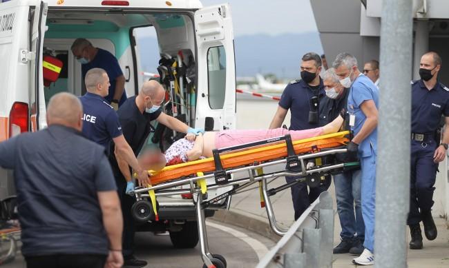Простреляната в метрото трябвало да лети за Брюксел, стрелецът - бивш военен