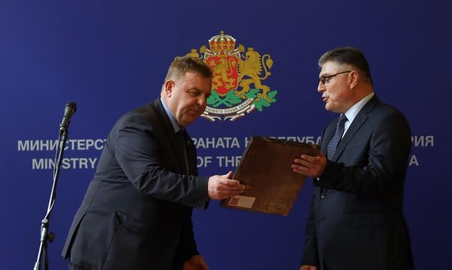 Георги Панайотов назначи двама нови зам.-министри в отбраната