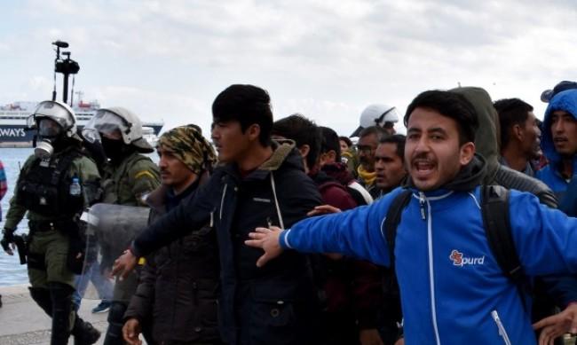 12 пъти са скочили опитите да влизане на мигранти от Гърция