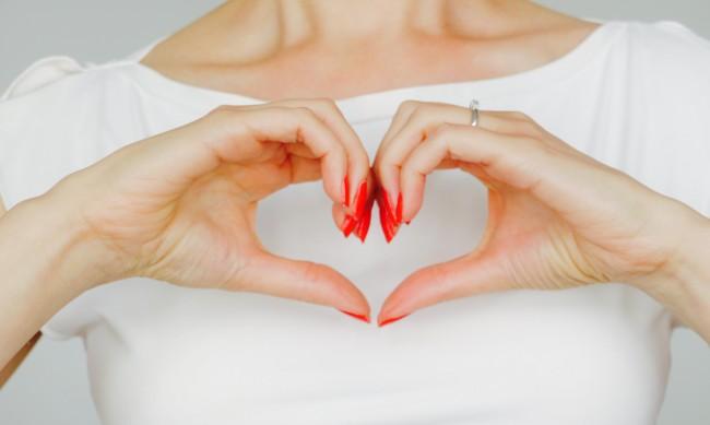 Слабост в любовта - коя е вашата според зодията ви?