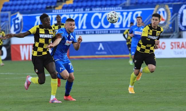 0:0 завърщи мача между Царско село и Ботев Пловдив