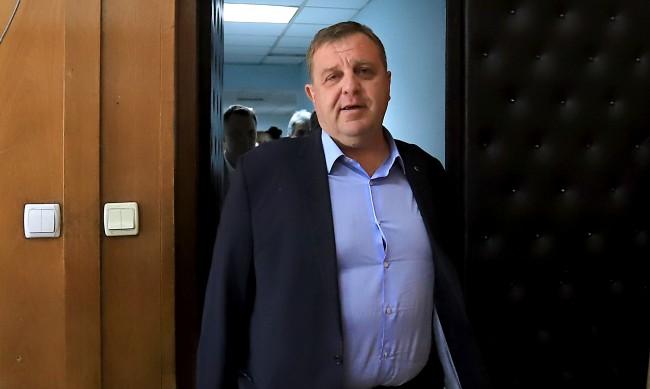 Каракачанов готов за коалиция с ГЕРБ, но с условие