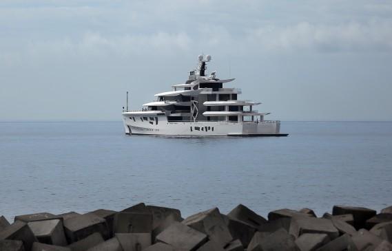 Тайният свят на супер яхтите: Джеф Безос си поръча 127-метров кораб