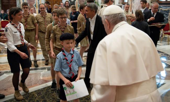 Папа Франциск:  Разходите за отглеждане на деца в Италия са високи
