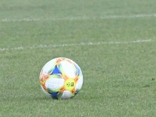 Локомотив Пловдив победи ЦСКА на своя стадион с 2:0 в