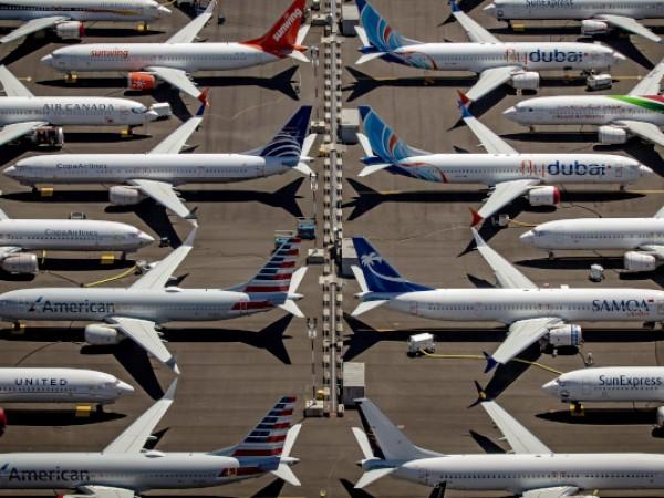 """Авиационният регулатор на САЩ задължи компанията """"Боинг"""" да направи задълбочена"""