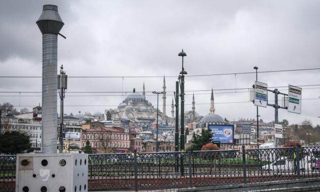 COVID мерките на Балканите постепенно падат или се облекчават