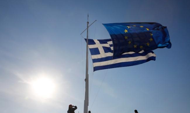 Екстрадираха от Белгия осъден гръцки евродепутат