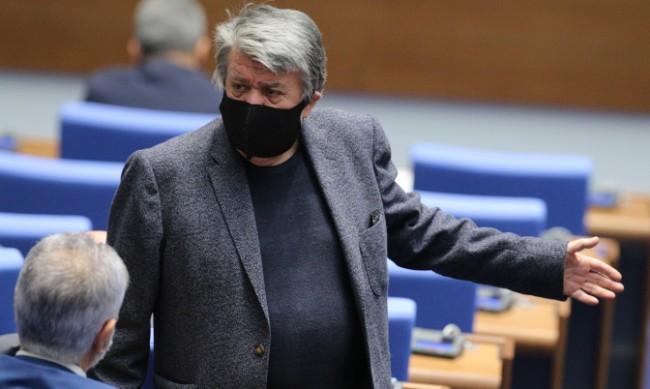 Вежди Рашидов: Реваншизмът е като бумеранг