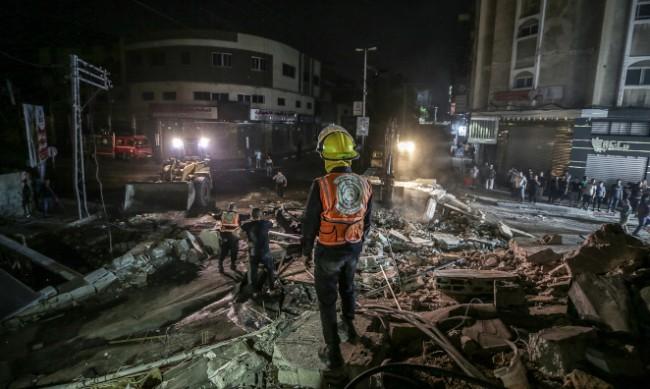 """Ракета разруши дома на лидера на """"Хамас"""" в Газа"""