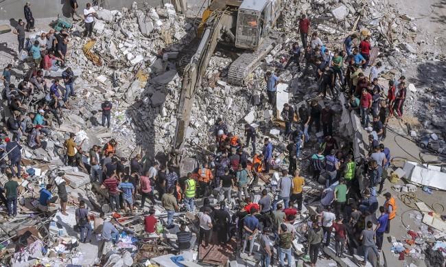 Израел удари дома на лидер на Хамас