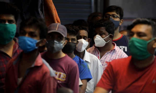 Индийската COVID-криза засегна схемата за споделяне на ваксини Covax